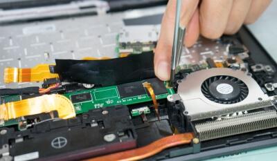 ノートPCの空き容量が足りない!そうだ SSD交換、行こう。