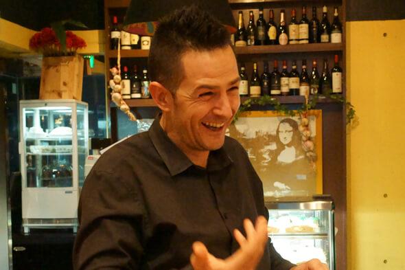 マネージャーでソムリエでサービス精神旺盛なフランコさん