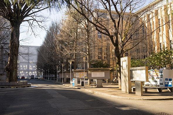 三田キャンパスの構内