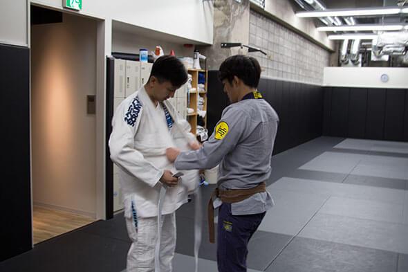 伊藤さんが早速手伝ってくれました